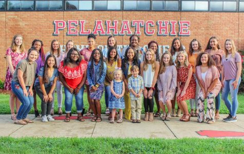The 2018-2019 homecoming court from left to right (back row): Olivia Sirmon, Aliza Myers, Kimberly Cochran, Kyndal Patton, Keyanna Flores, Chloe Walters, Makayla McClure, Kiaieshi Stokes, Brooklyn Johnson, Abby Dawson, Jacey Cooper, Camden Patton (middle row): Morgan Boyd, Linda Gandarilla, Sandra Lewis, Lakindria Rideout, Zharia Holifield, Tiara Collier, Collins Doster, Adlyn Till, Katie Belle Boyer, Gracie Jones (front row): Ethan Quick and Bailee Goodin